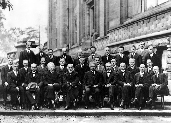 660px-Solvay_conference_1927
